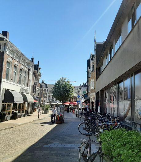 Grote nieuwe fietsenstalling in het dwaalgebied: 300 plekken, gratis en met openbaar toilet