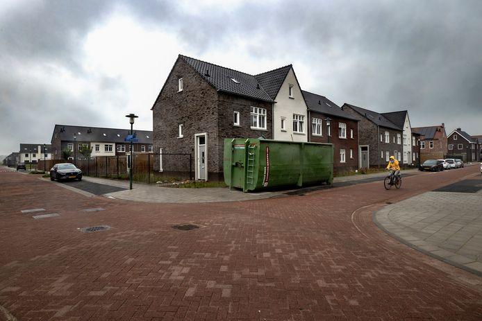 Henneppanden aan de Tamboerijn en Ten Bleek in nieuwbouwwijk De Hoge Regt in Beek en Donk