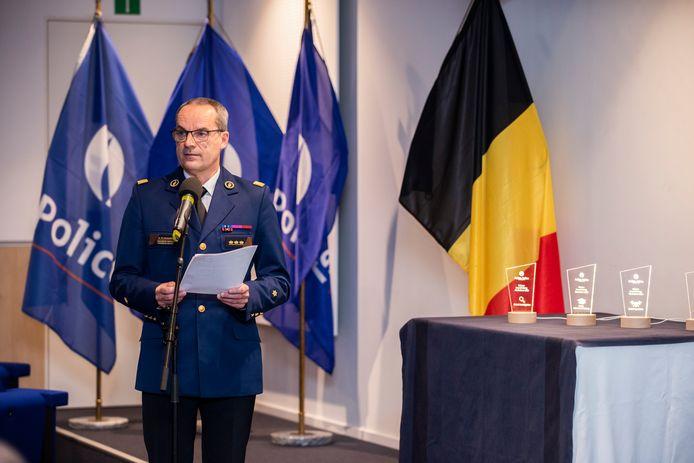 Politiebaas Marc De Mesmaeker reikte een van de prijzen uit.