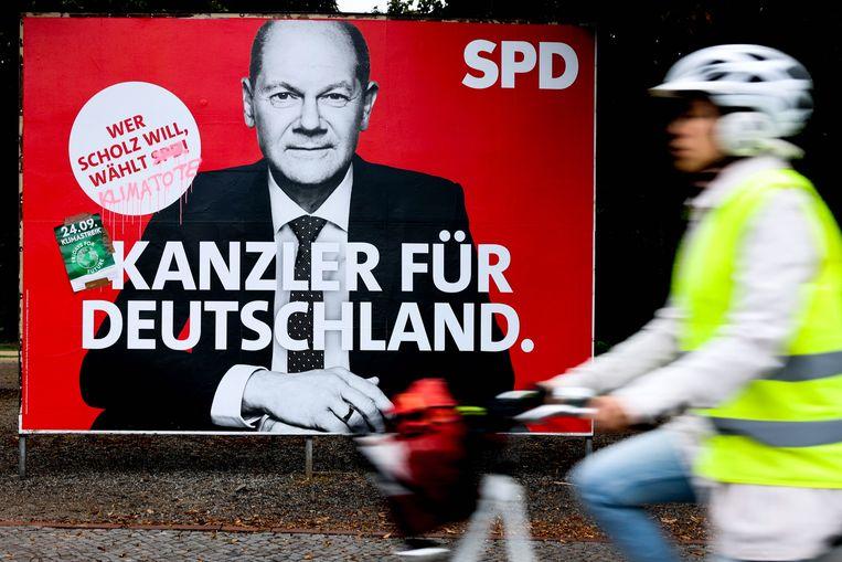 Verkiezingsposter van SPD-voorman Olaf Scholz. Beeld EPA