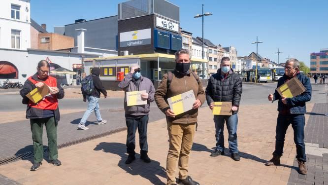 """""""Bijna een bushalte op de vier wordt geschrapt"""": actievoerders protesteren tegen plannen De Lijn"""