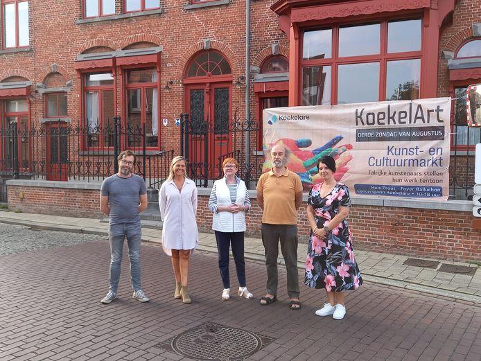 De cultuurraad bij de voorstelling van de derde editie van KoekelArt op 15 augustus.