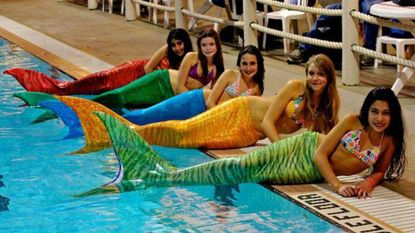 In zwembad 't Beerke word je zomaar zeemeermin