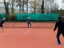 Tennisclubs zien flinke toestroom: 'Mogelijk moeten we een ledenstop instellen'