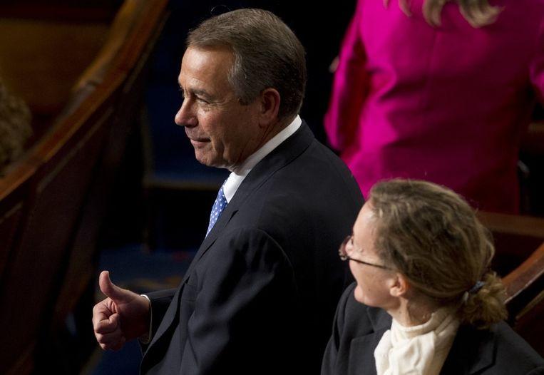 De Republikein John Boehner steekt zijn duim op nadat hij is herkozen als voorzitter van het Amerikaanse Huis van Afgevaardigden. Beeld afp