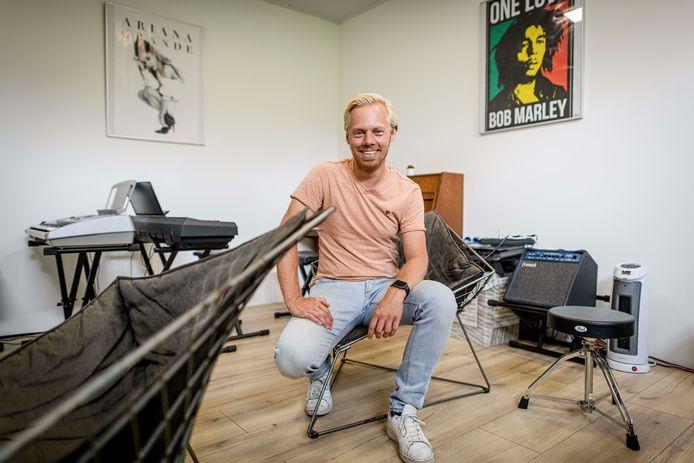 Joost Visser is opgetogen over het nieuwe onderkomen van de Popschool Twenterand.