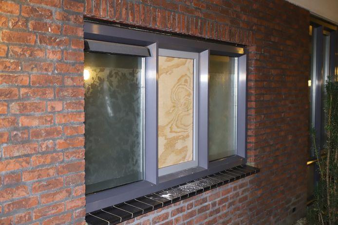 Hennepkwekerij zonder planten aangetroffen in Sint-Oedenrode.