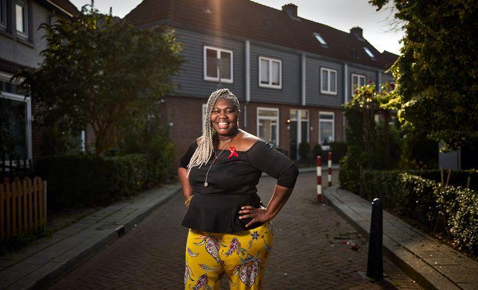Gloria Summerville hoorde op haar 28ste dat ze hiv-besmet is. 'Mensen durven niet op dezelfde wc-bril te zitten'