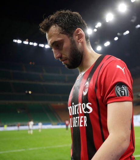 Napoli verdringt Juventus weer van Champions League-plek, Milan laat punten liggen