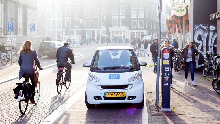 Nederland telt 7,2 miljoen auto`s in particulier bezit. Gemeten per inwoner scoort Amsterdam het laagst Beeld HH