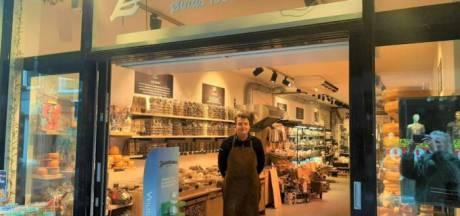 Mark (26) heeft een kaaswinkel in Leiden: 'Ik krijg regelmatig bestellingen uit Duitsland'