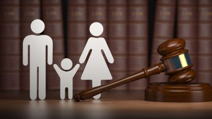 Acht verdachten in grootschalige adoptiefraude