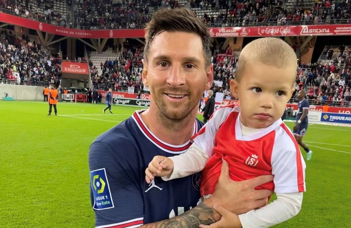 Lionel Messi et le fils de Pedrag Rajkovic.
