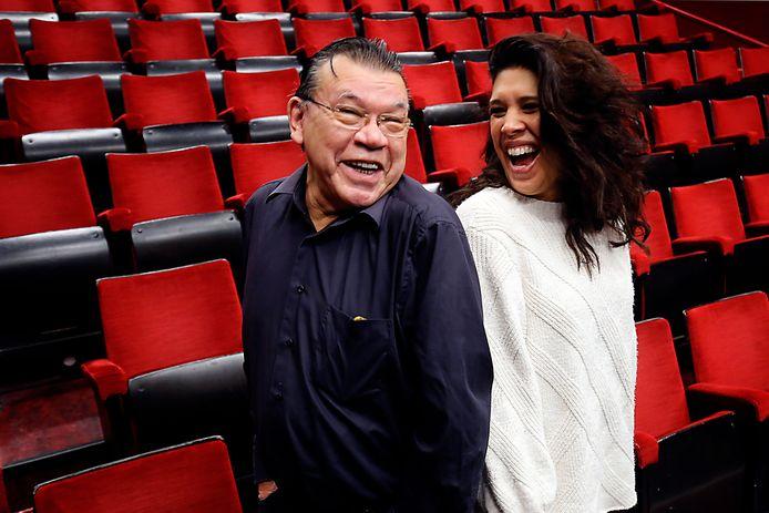 Roy Grünewald en Esmay Usmany spelen komend theaterseizoen Soedah, laat maar. ,,Indo's zijn altijd geneigd geweest zich aan te passen.''
