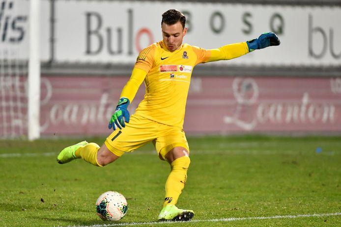 Doelman Xavier Gies draaide de knop om na het afspringen van een transfer naar RFC Seraing en focust zich nu op FCV Dender.