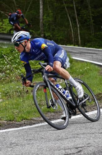 """Stuurmanskunst Evenepoel nog meer in vraag of was het bobijntje af na hectische Giro?""""Na Ronde van Italië op resetknop duwen"""""""