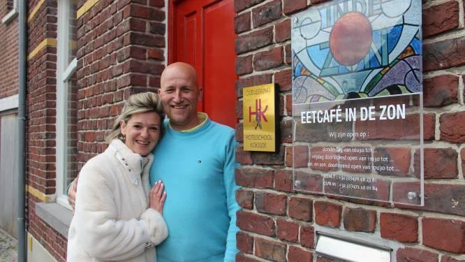 """Maaike en Thomas voelen zich al thuis In De Zon: """"We staan te popelen om aan onze droom te beginnen en te pronken met wat we allemaal kunnen"""""""