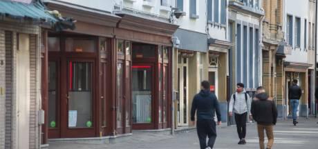 """Sekswerkers in Antwerps Schipperskwartier zien amper klanten: """"Mondmaskers, handgel: het is hier perfect veilig. Maar niemand komt"""""""