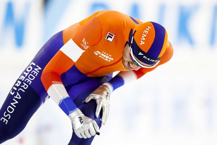 Patrick Roest (NED) in actie tijdens de 10.000 meter voor mannen op het WK afstanden schaatsen in Thialf.  Beeld ANP