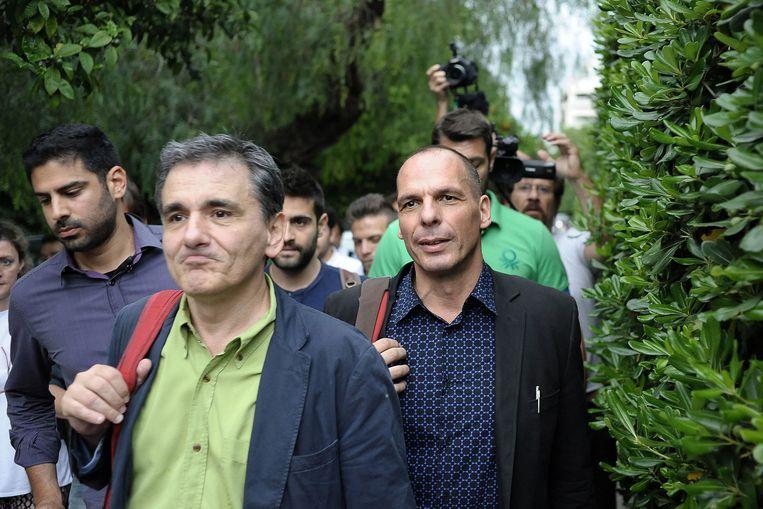 Tsakalotos eerder dit jaar met zijn voorganger Yanis Varoufakis. Beeld EPA