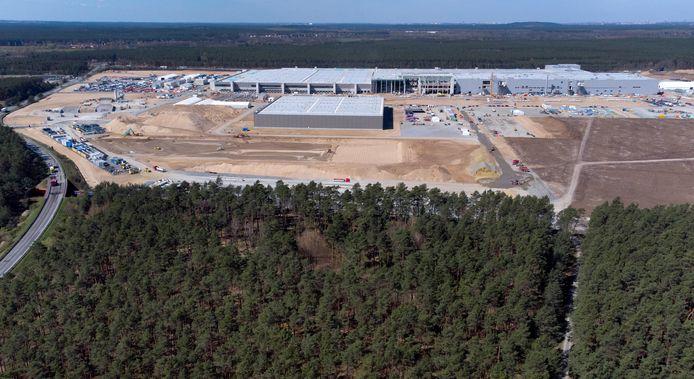 De bouw van de nieuwe Tesla-fabriek in Grünheide.