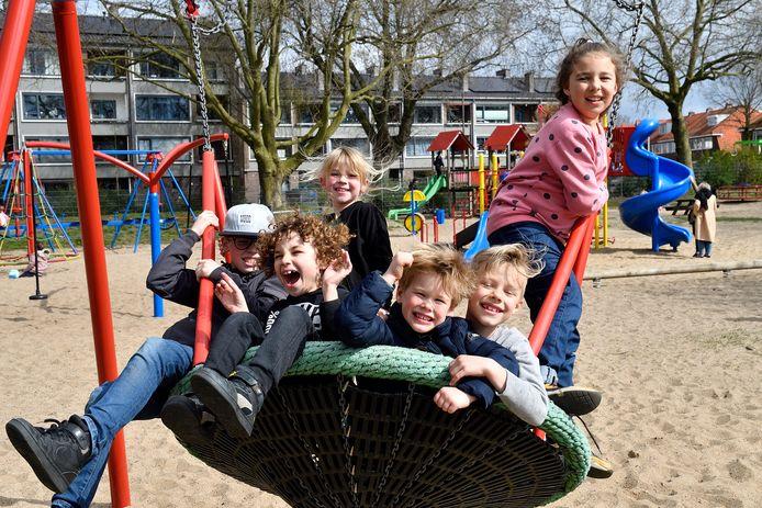 Hier in Speeltuin Soesterkwartier zou het feest plaatsvinden, maar onder druk van de wijkagent zette de beheerder de samenwerking stop.