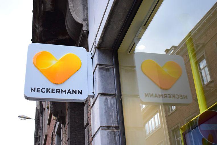 Slecht nieuws voor de Neckermann-winkels in Zelzate en Wetteren.