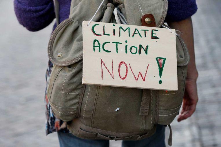 Beeld van de Climate Miles, een andere opvallende actie waarbij wandelaars 500 kilometer stappen van het Nederlandse Utrecht naar Parijs. Beeld ANP