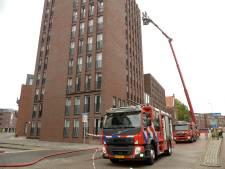 Brand in flatgebouw in Breda: meerdere bewoners geëvacueerd