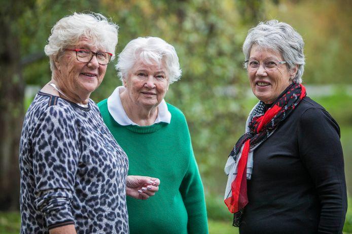 Vrouwenvereniging Vrouwen van Nu, vlnr: Erica Gunzel, Leny Janse en Ria Glissenaar
