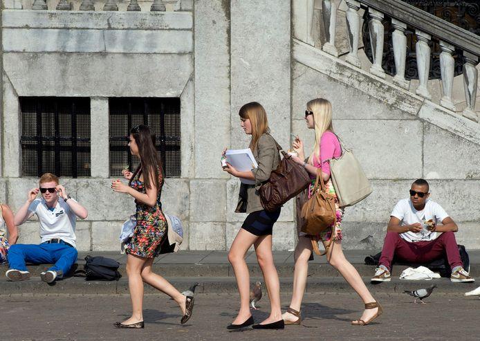 Het kledingadvies van het ministerie van Sociale Zaken schiet vrouwen in het verkeerde keelgat.