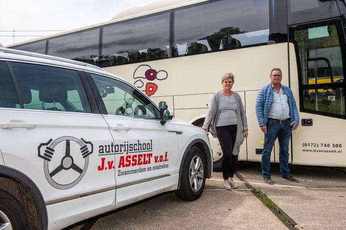De zzp'ers Anieta en Peter van Asselt uit Zwammerdam zagen beiden hun inkomen wegvallen door de coronacrisis. Ze behoren tot de ondernemers die een beroep hebben gedaan op een tijdelijke overbruggingsregeling.