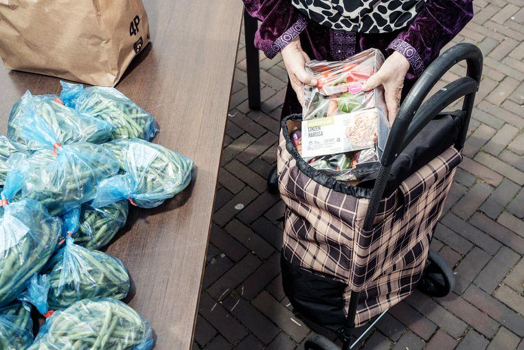Om mensen op het minimum te helpen is er meer mogelijk dan de Voedselbank. Beeld Jakob Van Vliet