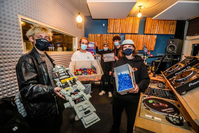 Brugge: lego project radio villa bota
