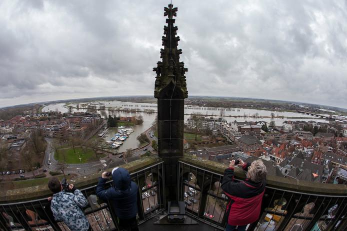 Het uitzicht vanaf de Walburgiskerk in Zutphen.