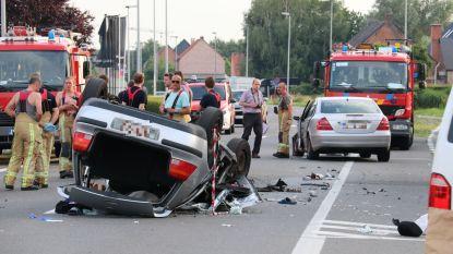 Jonge bestuurder (19) overleden na inhaalmanoeuvre in Schoonaarde