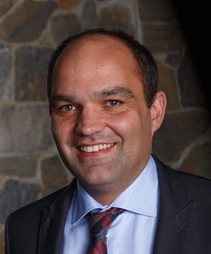 Danny Dingemans uit Noordhoek wint de Moerdijk Quiz van BN DeStem. Zevenbergen - 27/03/2014 - Foto: Marcel Otterspeer / het fotoburo - Danny Dingemans (VVD)