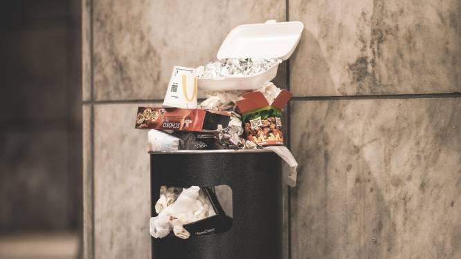 Openingen vuilnisbakken verkleind als proefproject tegen sluikstorten