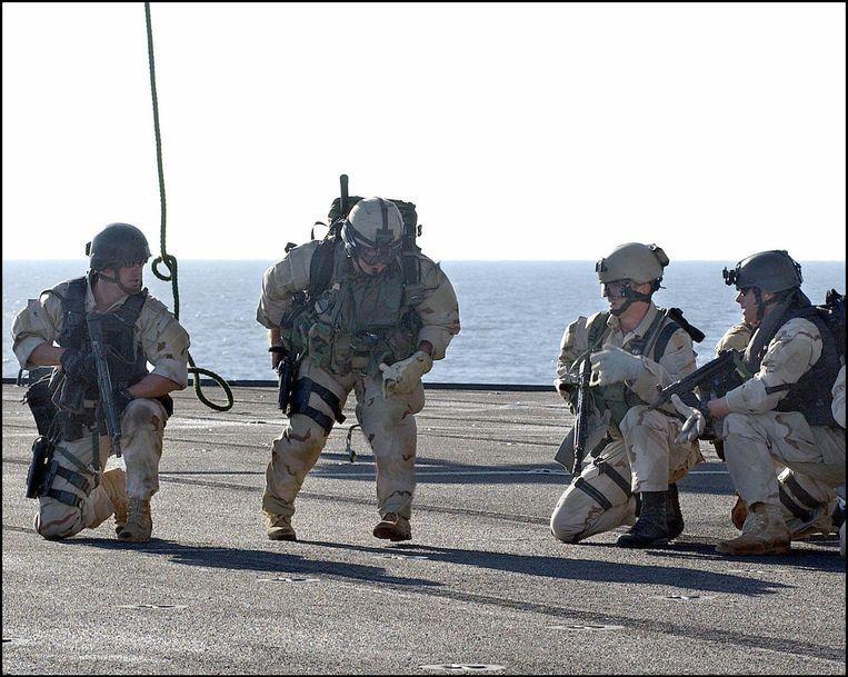 Navy SEALs tijdens een oefening. Beeld photo_news
