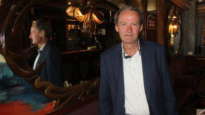 Daniël staat kwarteeuw achter toog van café L'Art Nouveau