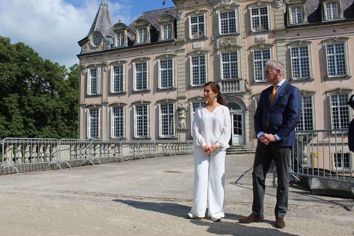 Pieter De Crem gaf Zuhal Demir vorige zomer al een rondleiding in het Kasteel van Poeke.
