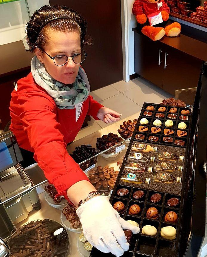 Linda Tissink van Martinez Chocolatiers in Alphen.