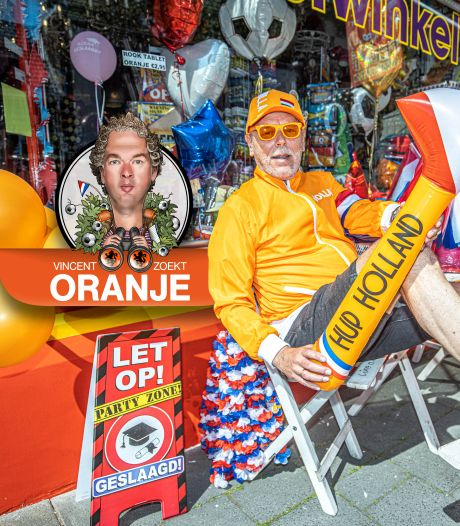 Oranje vlaggen, capes en - ja echt - wenkbrauwen vliegen de deur uit: 'Ik heb bijna niks meer over'