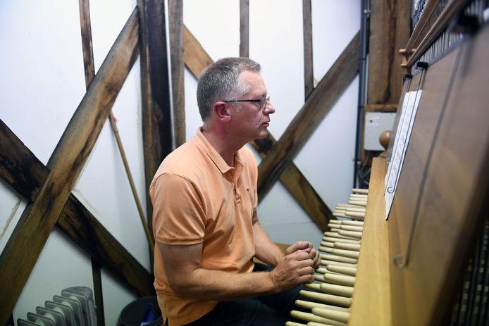 Luc Rombouts is één van de beiaardiers die in maart sfeer zullen brengen in Leuven tijdens Swinging Bells.
