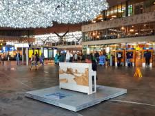 Stationspianist ook in Rotterdam voor recordpoging