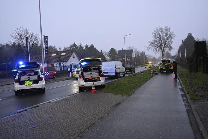 Hulpdiensten zijn massaal uitgerukt naar de Rijksweg.