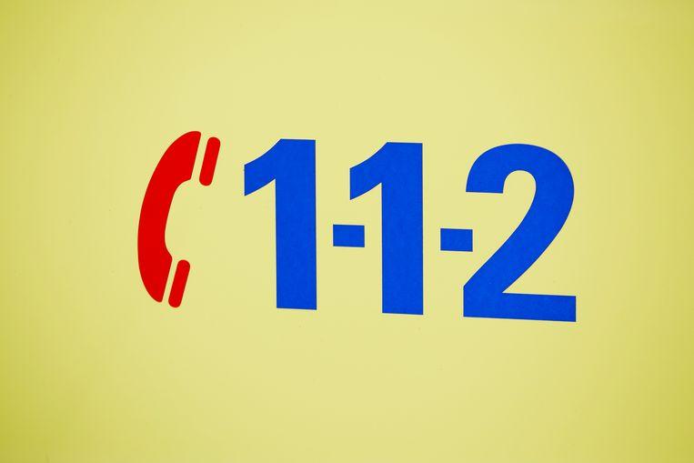 DEN HAAG - Het alarmnummer 112 is in grote delen van het land niet bereikbaar. Dat geldt ook voor het nummer 0900-8844 voor niet-spoedeisende gevallen.