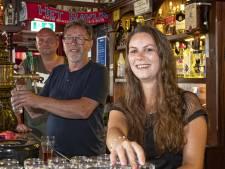 Dankzij vrienden en klanten bleef de Nijverdalse kroeg van Gert (68) draaien: 'Grandioos'