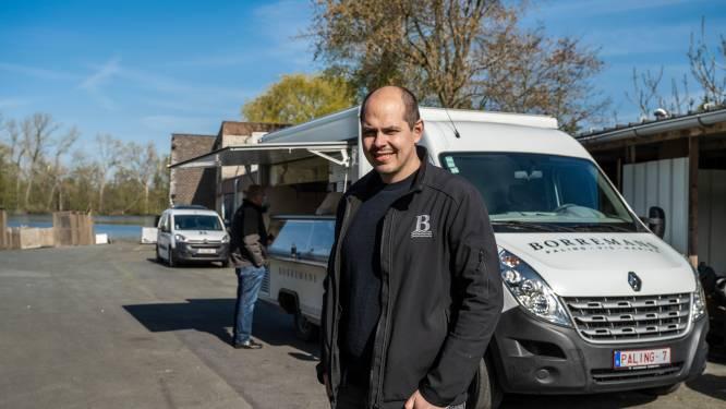 """Palinghandelaar Borremans verhuist naar Sint-Amands: """"Maar zullen elke zaterdag aan Donkmeer staan om paling te verkopen"""""""