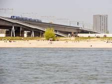 Waterpeil van de Waal en de Rijn zakt nog een paar dagen verder